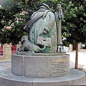 The Giles Grandma Statue, Ipswich